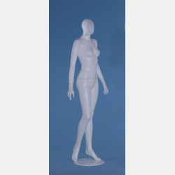 FACELESS FEMALE WHITE MANNEQUIN