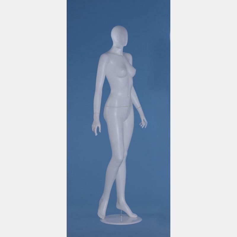 FACELESS FEMALE WHITE MANNEQUIN