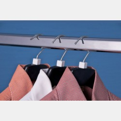 WHITE MINICUBES FOR CLOTHES HANGER